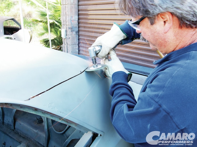 Camp 1106 01 Z 1969 Chevrolet Camaro Roof Replacement