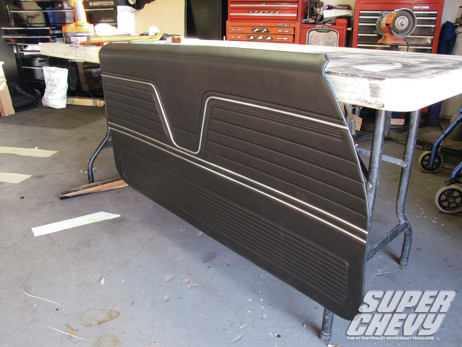 El Camino and Chevelle Door Panels - Knock, Knock
