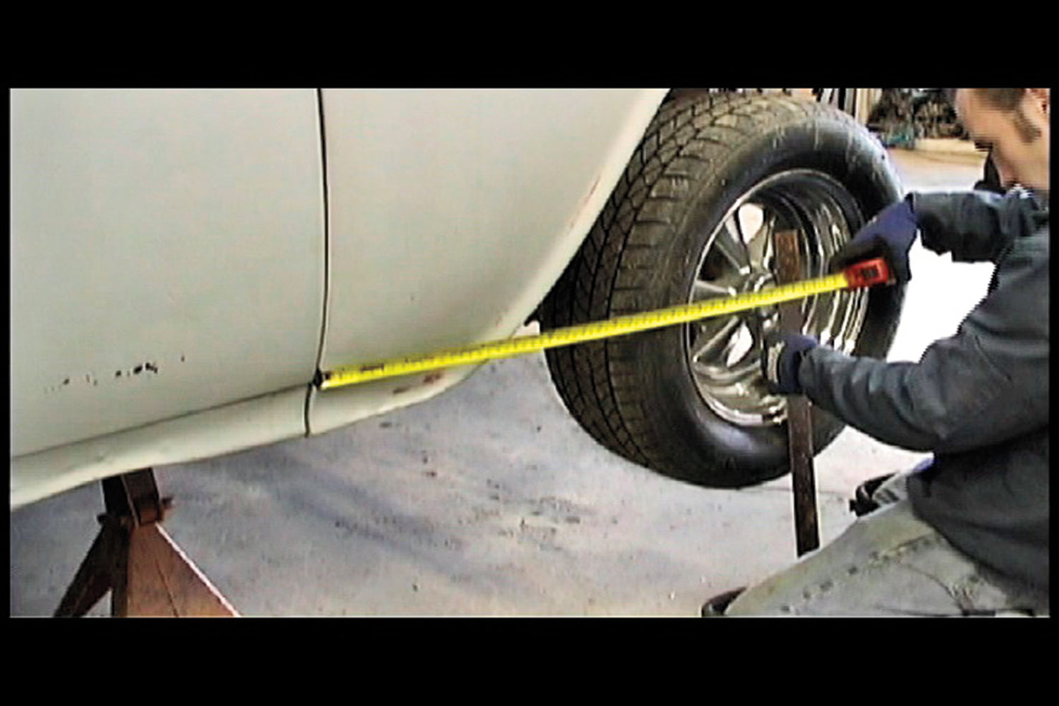 1955 Chevrolet Sedan Measure Wheel