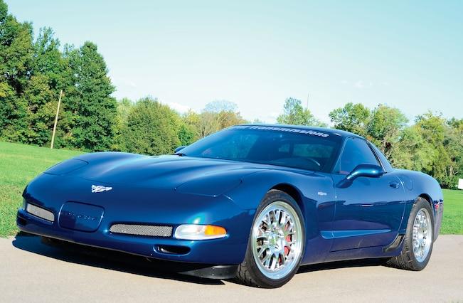 2003 Chevrolet Corvette Front Side View