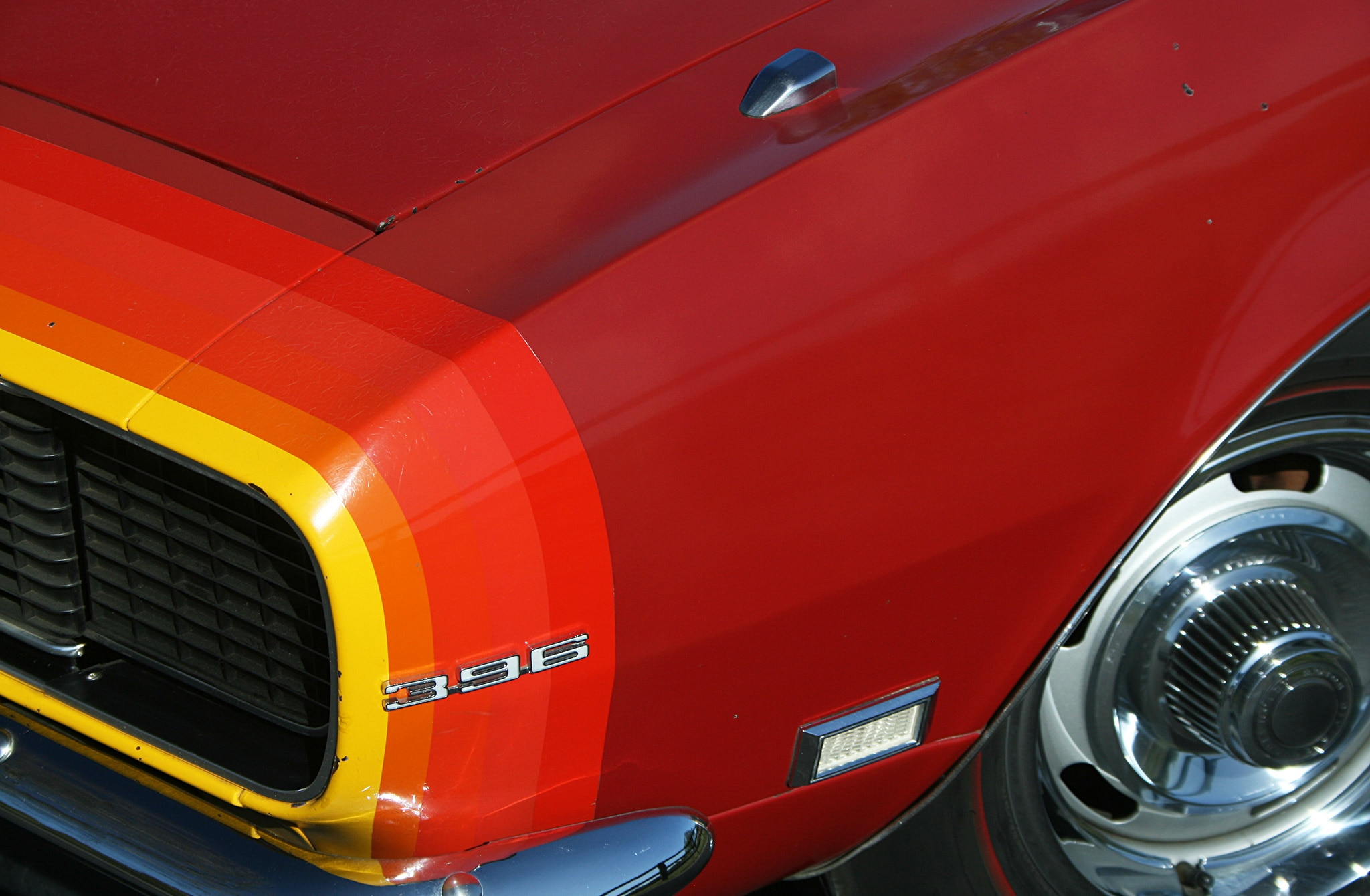 1968 Chevrolet Camaro Ss Multicolored Nose Detail Wheel
