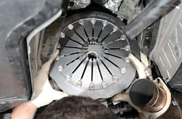 How To Install a ZR1 Clutch on a 2008 Corvette Z06