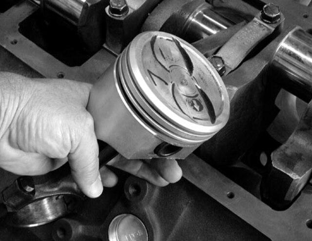 Chevy Camaro 305 Engine Rebuild - Chevy High Performance