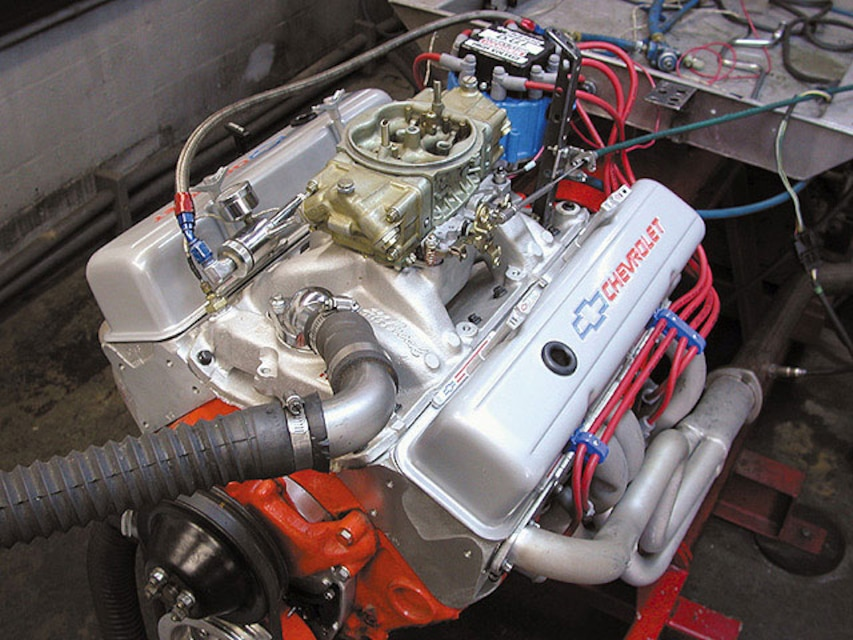Chevrolet 355 Engine Build - Chevy High Performance