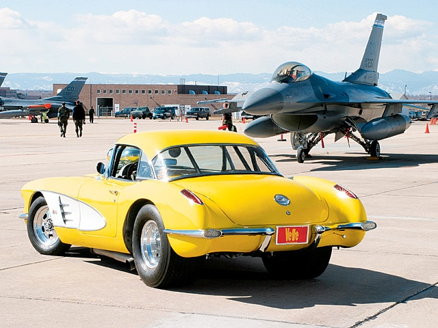 0412vet_02z 1959_Chevrolet_Corvette_Racer Driver_Side_Rear_View
