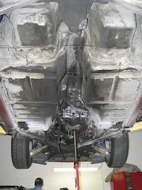 0511vet_08z Chevrolet_Corvette_C4 Undercar_Driveline_Removed