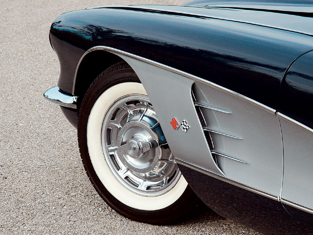 Vemp_0607_04z 1958_corvette_convertible Fender