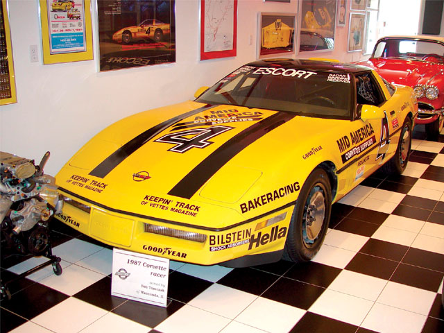 Vemp_0705_02z The_corvette_challenge Yellow_corvette