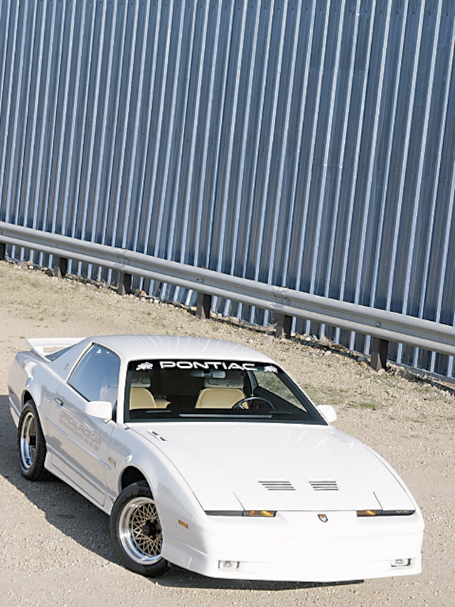 1989 Turbo Trans Am - Feature -GM High-Tech Performance