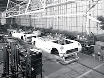 Vemp_0610_04_z Corvette_legend_earl_harley Assembly_line_in_flint_michigan