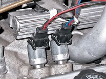 Sucp_0703_04_z Chevy_l98_engine Stealth_TPI_induction
