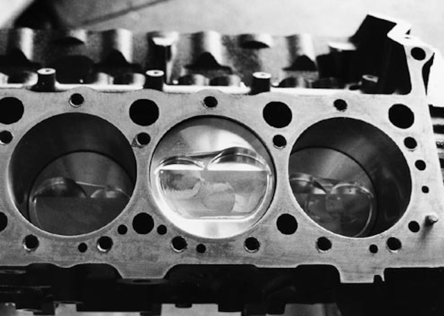 Engine Compression Guide - Tech Article - Chevy High
