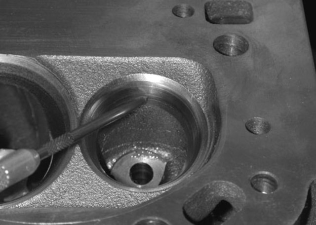 Do-It-Yourself Small-Block Cylinder Head Porting - Tech Article