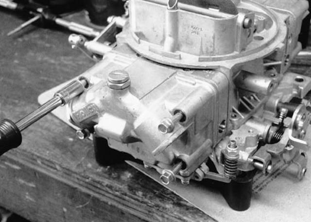 Carburetor Valve Problems - Tech Article - Chevy High