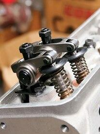 0702ch_02_z Piston_valve_clearance