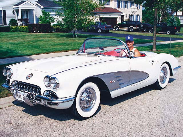 153_0308_12z 1958_Chevrolet_Corvette Front_Driver_Side