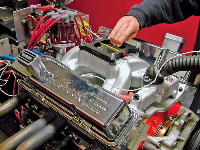 Edelbrock Performer RPM Package - Chevy High Performance