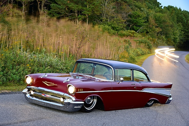 001 1957 Chevy Bel Air Custom V8 Cruiser