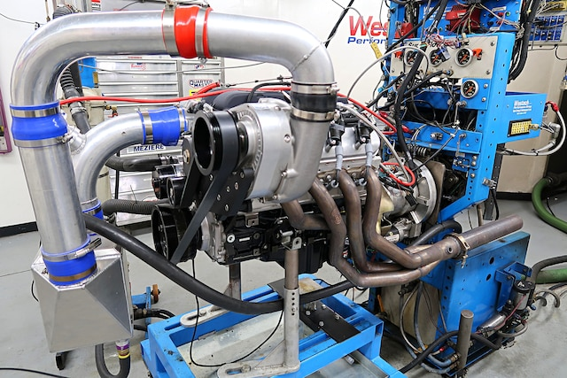 Pump Gas 382 Stroker Puts Out 780 hp on the Dyno