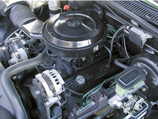 1995 Chevy Silverado 57 Engine